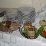 bufet. stôl 003